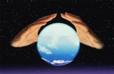 predict the future, lawmarketing blog, crystal ball